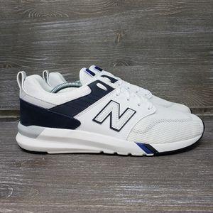 NWOT -New Balance 009 Men's Casual Shoe White/Navy